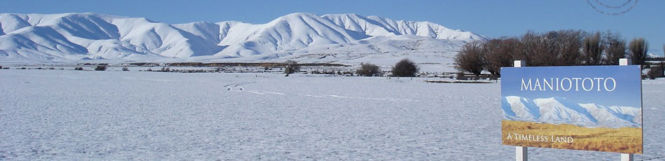 Hawkdun Range in Winter